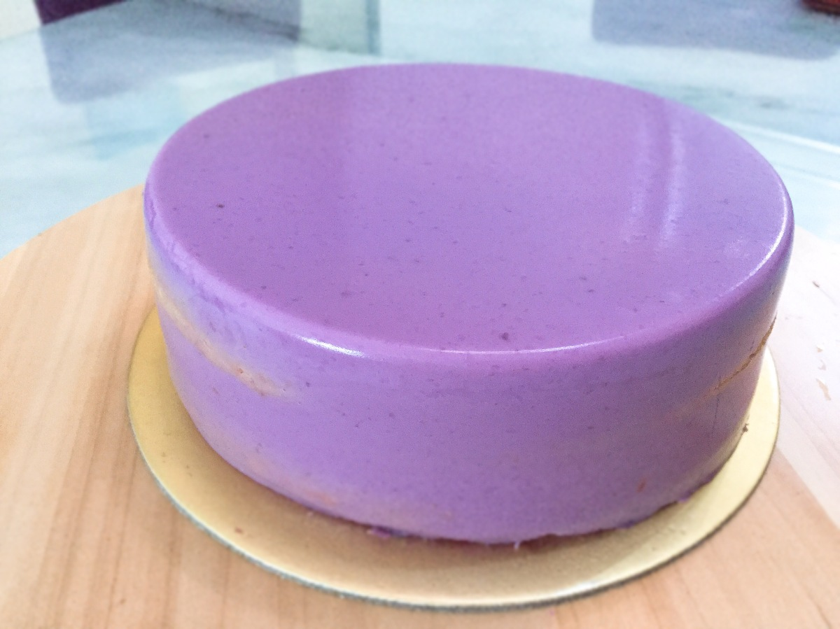 Purple Sweet Potato Layer Cake (紫薯千层蛋糕)
